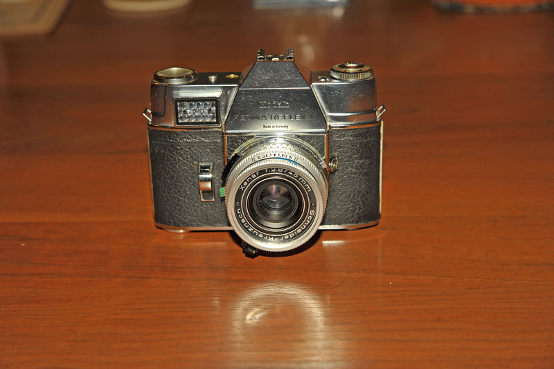 Vintage Antique Cameras - AFTER cleaning and testing - Kodak Retina Reflex III