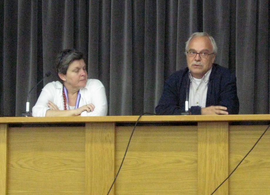 Dr. Pilar Orero, at left, my supervisor; at right, Dean Francesc Parcerisas.