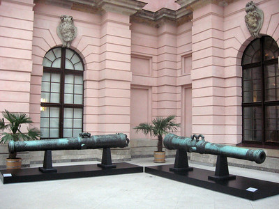 The Zeughaus cannon.