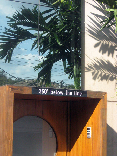 "The area around the Parque is upper-class--and eccentric?  On my stroll, I came across this structure labeled ""360o below the line"".  Hmmm ...."
