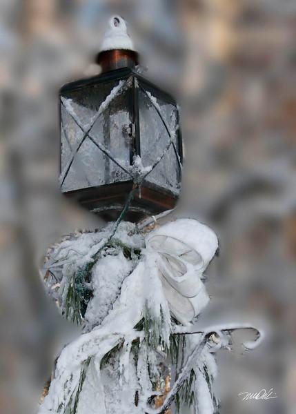 Frosty lamp