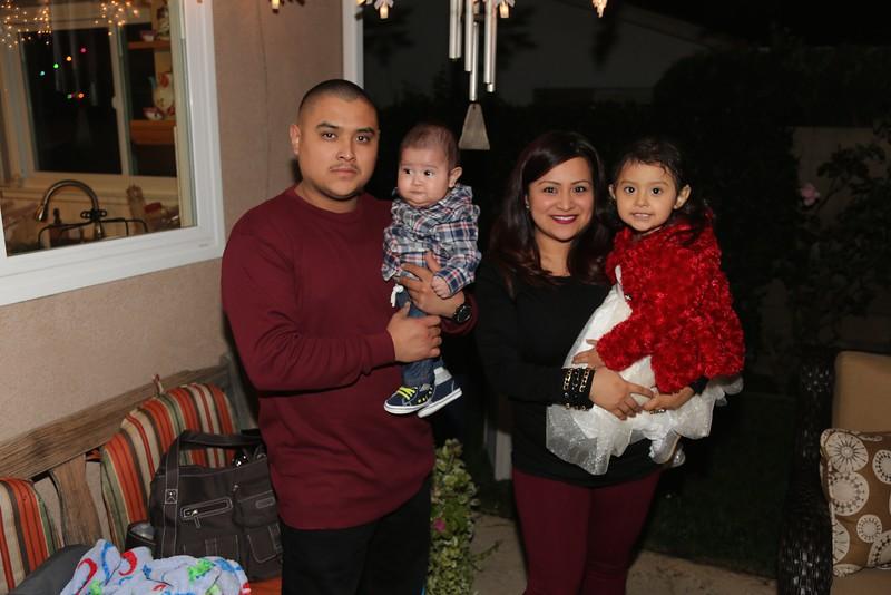 Raquel & Family<br /> EN8A7024