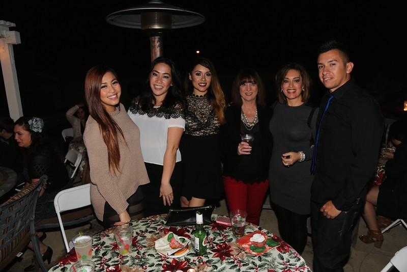Tiffany, Jen, Krystle, Jill, Silvia, Friend<br /> EN8A7026