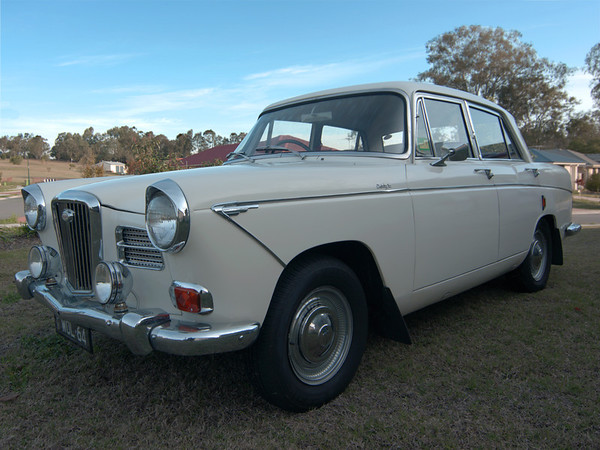 Wolseley 24/70 sedan