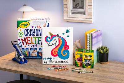 Craft_CIY_Summer_Crayon Melter Unicorn Canvas_L05