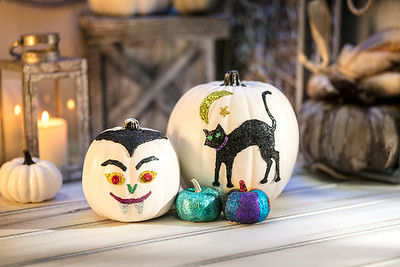 Craft_CIY_Glitter Dot Pumpkins_L04