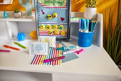 Craft_CIY_Summer_Emoji Magnet Board_L05-2