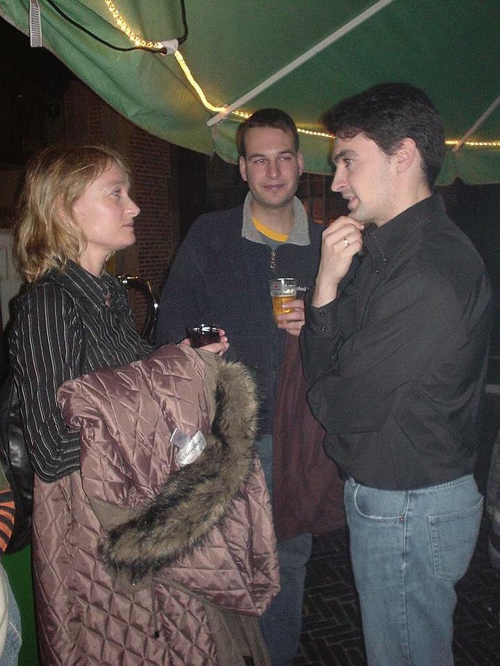 Gustavo's girlfriend, Gustavo and Jose