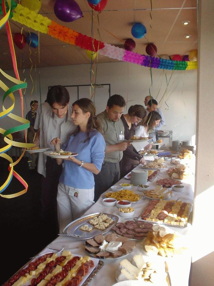 The buffet is open!