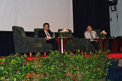 Dr Ng Soo CHin and Dato' Dr Chang Kian Meng