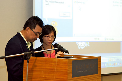 En Baba Ismail and Miss Ong Mei Cing from the Max Foundation. The MaxFamily 2nd Patient Congress for People Living with Chronic Myeloid Leukaemia, 28 April 2011, Pullman Kuching.