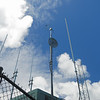 Antenna for FM and Internet