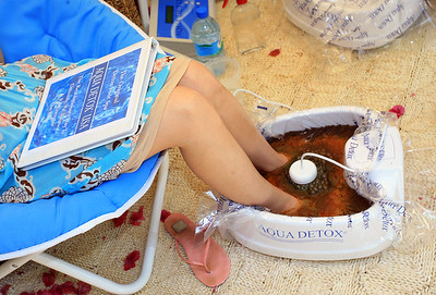 BRENTWOOD, CA - JUNE 29:  The Aqua Detox Footbath  as seen at Green Experience Day 2 June 29, 2006, in Brentwood, California. (photo by Katy Winn/Getty Images)