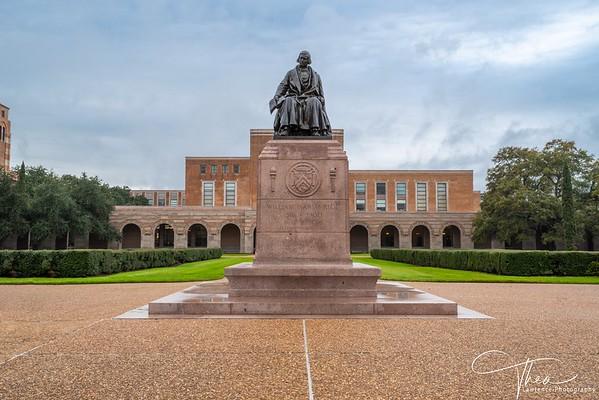 Rice University -Willy's Statue