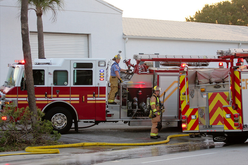 Vero Chem Fire 11-24-2012 (39)