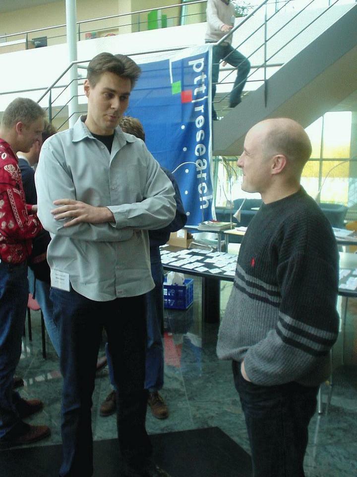 ...together with Willem Dijkstra (aka Narmaraktuk), here talking with Alex Drenth