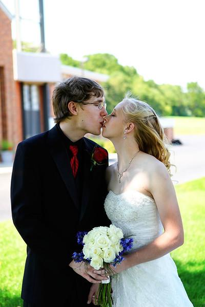 Kim and Tyler 2012 0086_edited-1