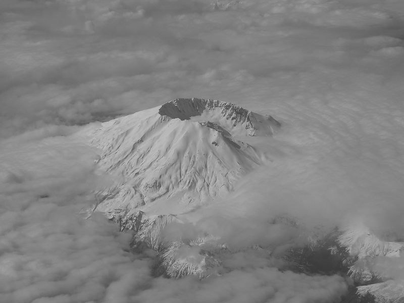 Mount St. Helens from the air - A lucky and rare shot