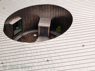 Detail of the Ångström building at Linköping University as seen from above. The Å-building is covered with Titanium plate and hosts our new electron microscope - currently northerns Europe's most powerful.  I made this photo by launching the camera with my 2.15x1.8 m² Rokkaku kite.