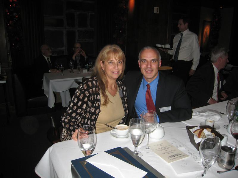 Lynn Gordon, Peter Quiros