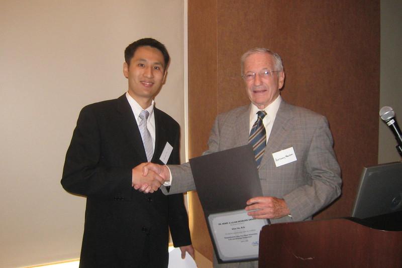1001 Allen Hu & Tony Nesburn