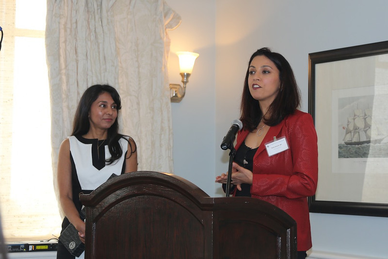 Incoming President Neda Shamie presents plaque to Outgoing President Alpa Patel<br /> EN8A7682