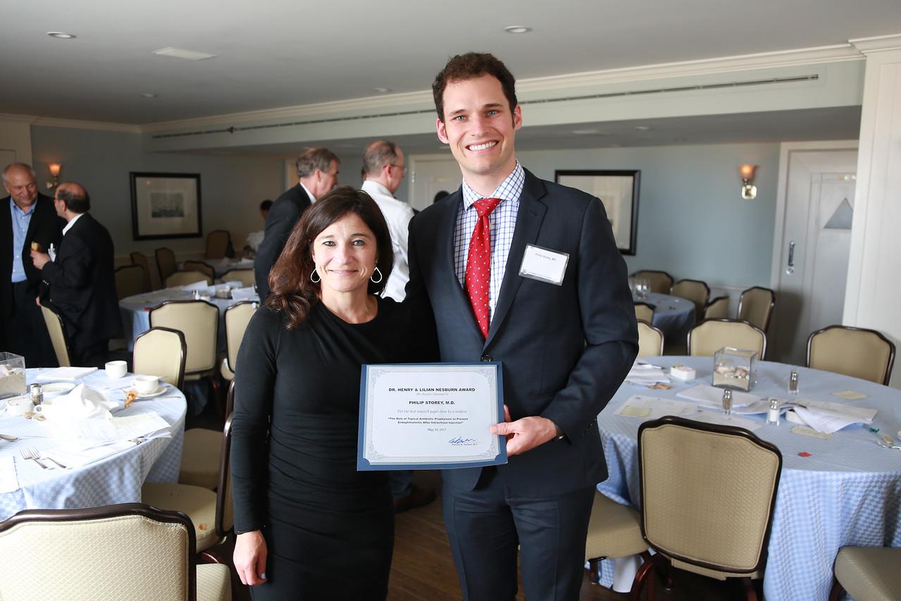 Kristin Nesburn presents Nesburn Research Award to Philip Storey<br /> 2015-05-30 at 12-03-56