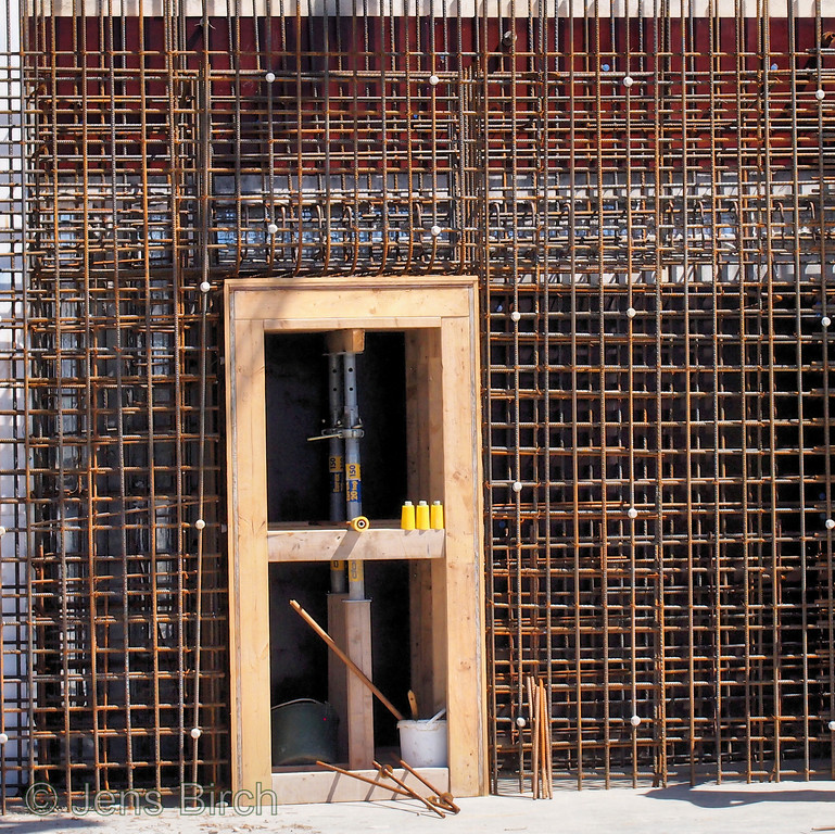 Once the concrete has been cast and hardened - this doorway will likely be the most safe place in lund in case of an earthquake :-)<br /> 3 GeV ring at MAX IV. June 17, 2013
