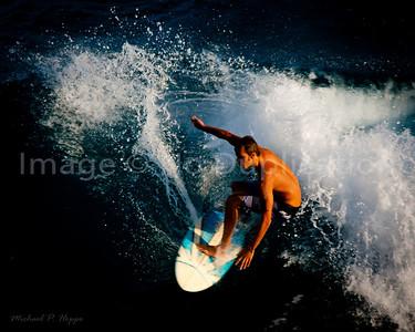 Maui Surfing Monday 1-2-12