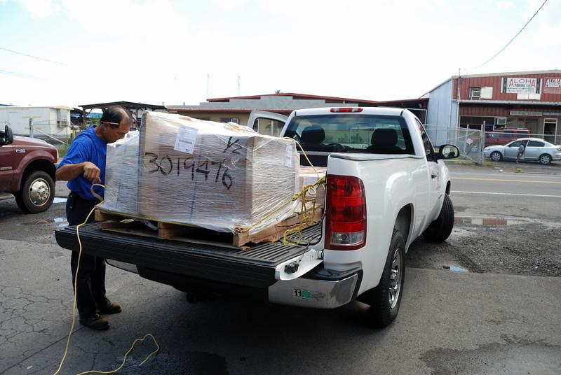 Hitco loads up the truck in Hilo.