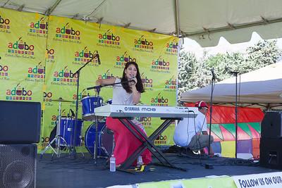Singer & Keyboard - Olivia Jasmine