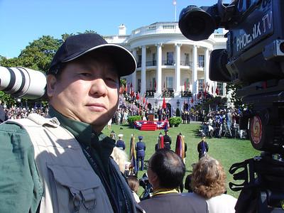 《蕭燕於美國白宮南草坪拍攝中國國家主席胡錦濤來訪歡迎儀式》-2006
