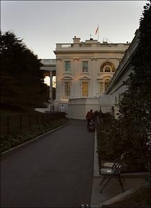 《睡中白宫》