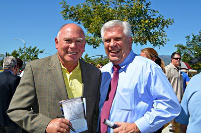 Guest speaker Gary Underwood with United Way Executive Director Doug Rowand.
