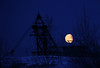 Moon over da dredge.