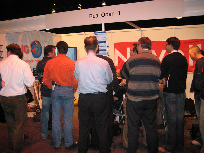 Busy RealOpen IT stand