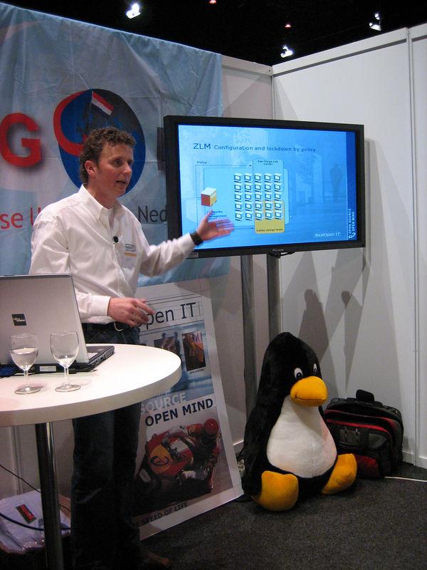Johan giving his presentation on Novell ZENworks and NLD for the ultimate multi-platform desktop management on Linux