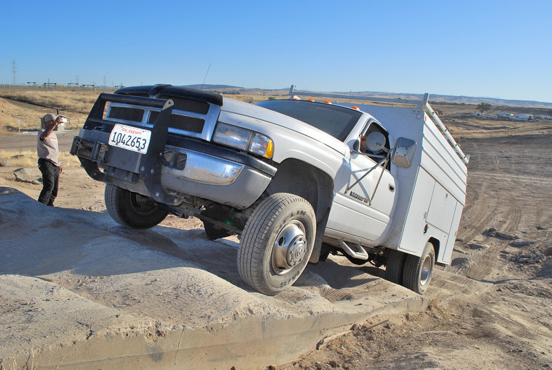 Amazing what a work truck can do - better: what a good driver can do with a work truck.