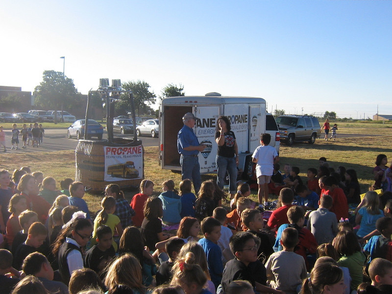 On September 10, 2010, Propane Exceptional Energy Hot Air Balloon Pilot and 2010 State Hot Air Balloon Champion, Philip Bryant gives Bennett Elementary of Wolfforth's kids, parents, and teachers a lesson in aviation and aeronautics.