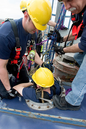 Comin' out<br /> from inside a 60 ft. silo during Confined Space Rescue class given by IFSI 4/10-14/06 (photo Tony Budvaitis Squad 1)