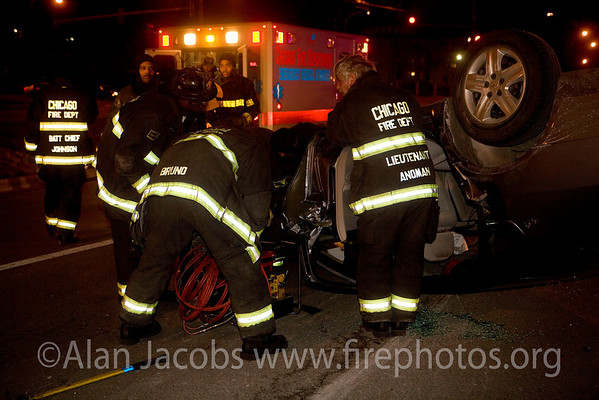 Lt. Larry Anoman at auto pin-in extrication on S. Stony Island, 3/3/07.