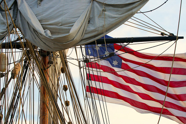Lady Washington Flag and Sheets-1