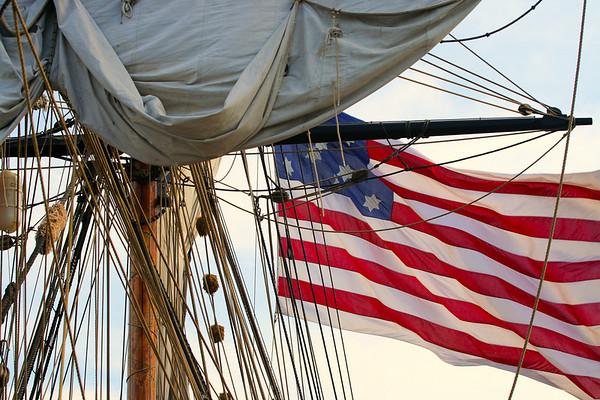Lady Washington Flag and Sheets-1