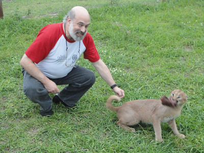 """visit to the Emdoneni Cat Rehab Project--Joel and his """"pet"""" kitty"""