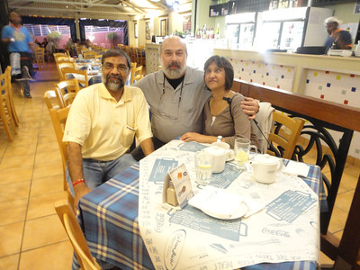 Dinner with Nesh and Shakila, my hosts in Durban