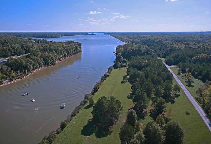 Tennesse Tombigbee Waterway near Tupelo, MS