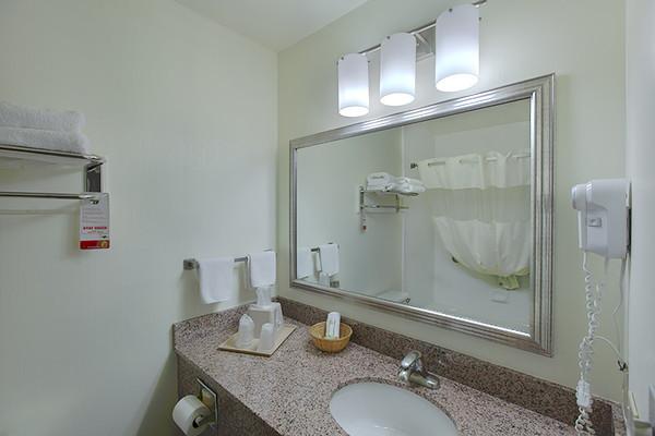 BathroommHDR2SF