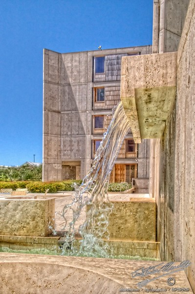 Runoff from the pool of the Theodore Gildred court, Salk Institute, La Jolla, San Diego, California, USA