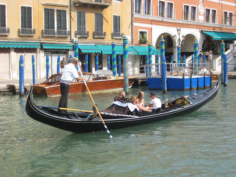 More gondola images ...