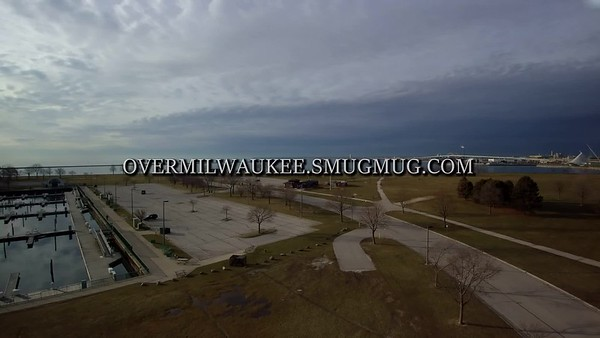 Morning Rain Milwaukee Skyline  1920 x 1080 30 fps  :15